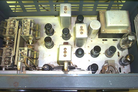 Inside of the SX-25 Receiver