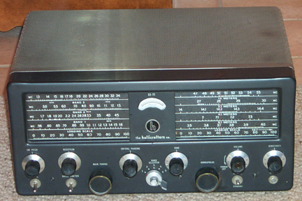 Picture of Front of SX-71 Receiver